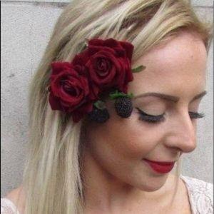 Accessories - Fancy Flower Hair Clip